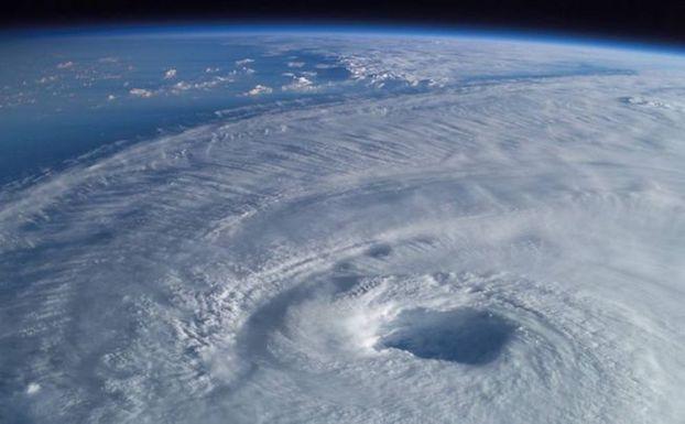 hurricane-isabel.jpg.653x0_q80_crop-smart